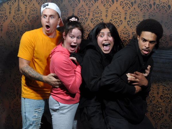 Halloween In Niagara Falls 2020 Halloween in Niagara Falls Ontario | Nightmares Fear Factory