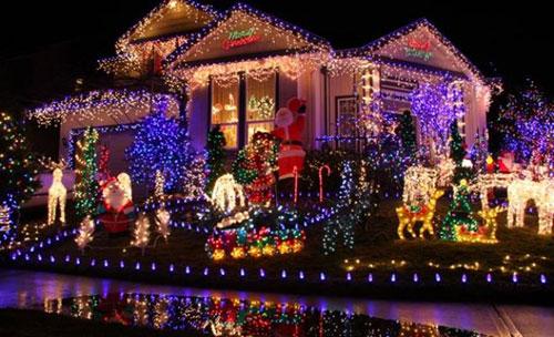 Santa Claus Parades in Niagara 2014 | Nightmares Fear Factory